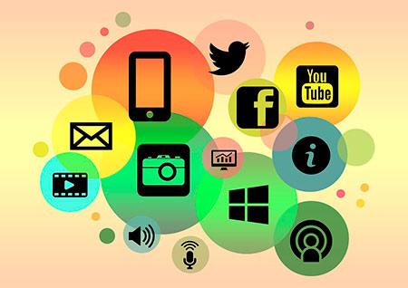 social-media-facebook-twitter-google-estrategía-digital-marketing-agencia-iomarketing-madrid