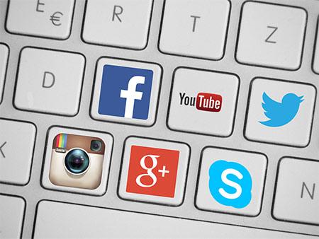 redes-sociales-comunicación-online-posicionamiento-marca-iomarketing-agencia-marketing-digital-madrid